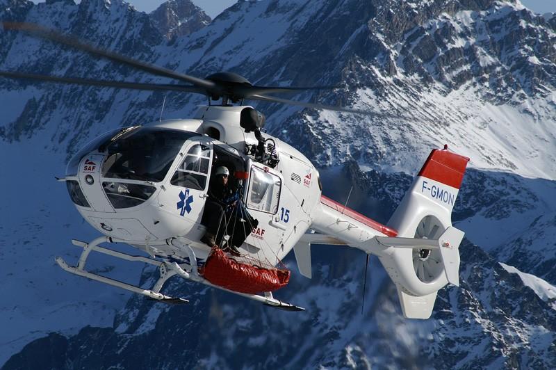 Hélicoptère Airbus en action